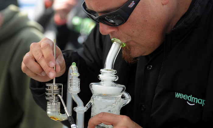 Hot new trend: Vaping and dabbing cannabis