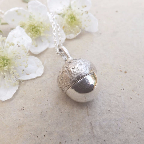 Chunky Silver Acorn Necklace - Curious Magpie Jewellery - 1