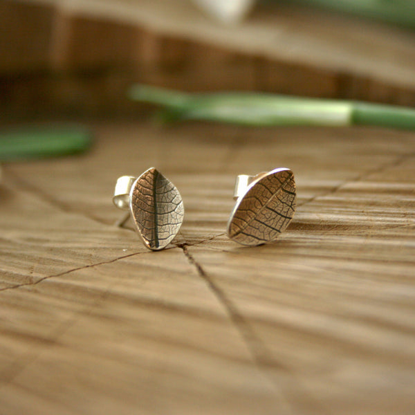 Silver Leaf Stud Earrings - Curious Magpie Jewellery - 1