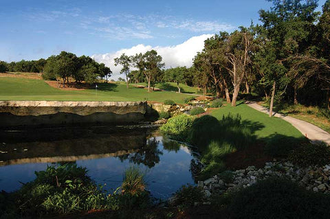 Golf club retal in Austin