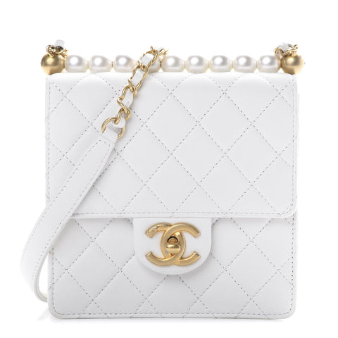 CHANEL 2019/2020 Lambskin Quilted Chic Pearls Flap White Bag Handbag ladies