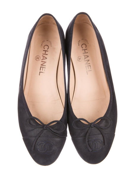 CHANEL LIMITED EDITION CC SUEDE NAVY FLATS SHOES LADIES