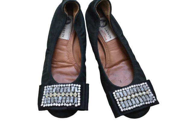 Lanvin round-toe flats with beaded embellishments flats Size 35  ladies