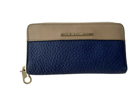 Marc by Marc Jacobs Two Colors Navy Blue Beige Leather Zipper Wallet ladies