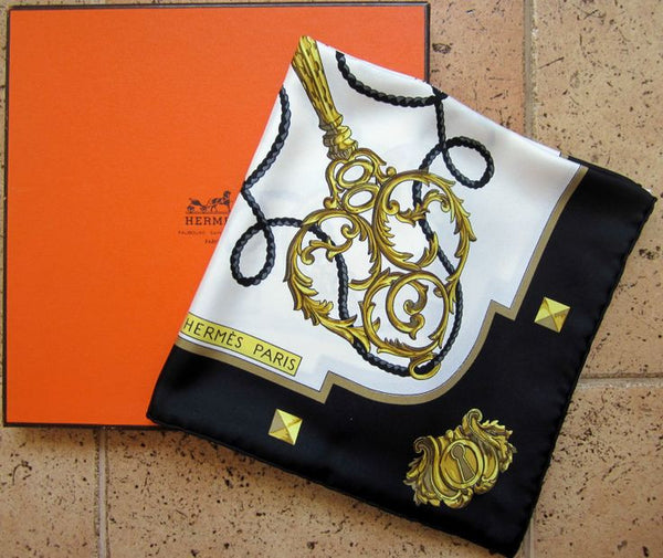 Hermès LES CLES THE KEYS SILK SCARF 90 X 90 LADIES