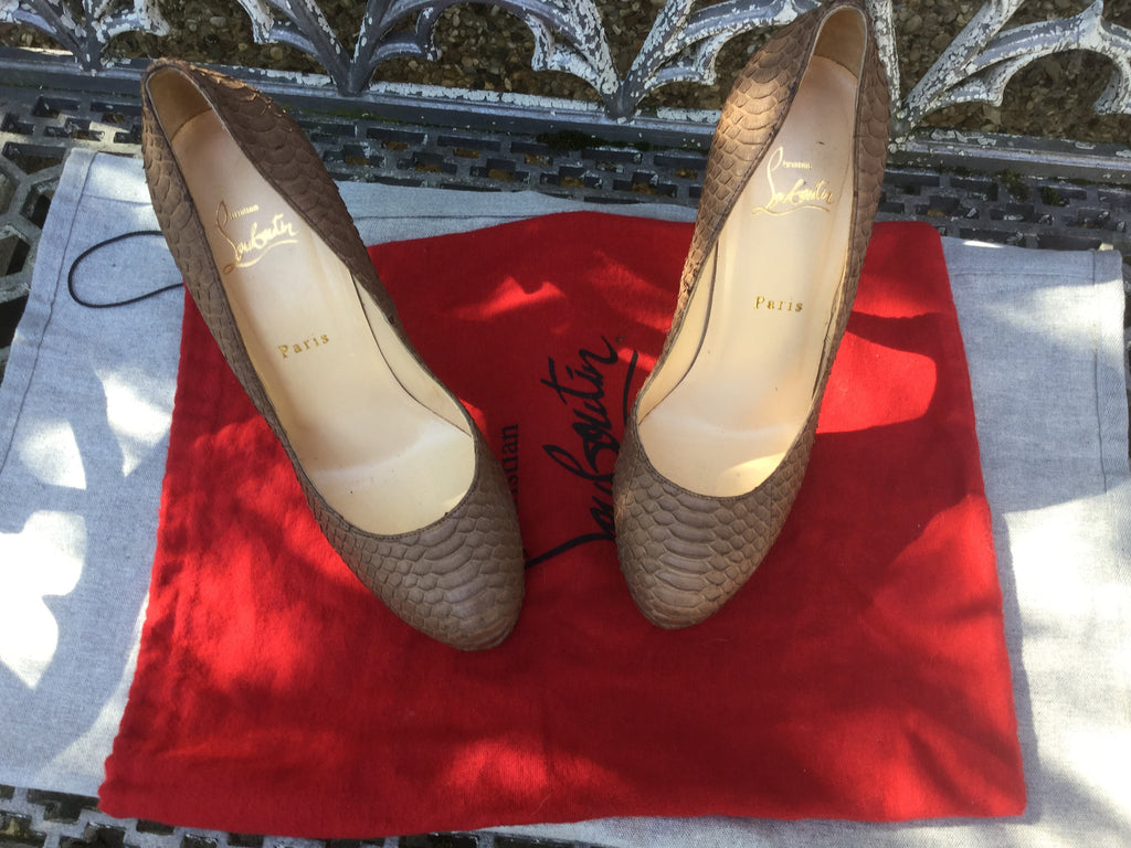 christian louboutin size 39 in us