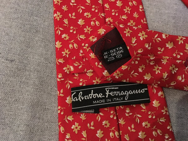 SALVATORE FERRAGAMO FLOWER PRINTED RED SILK TIE MEN