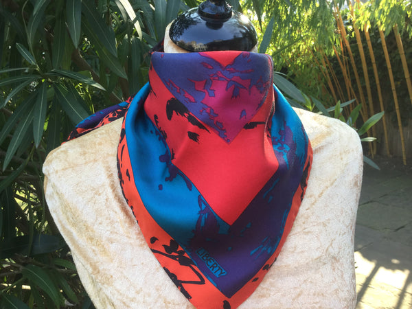 LIBERTY OF LONDON MEDIUM GRAPHIC MOTIF SILK SCARF 50x50 cm LADIES