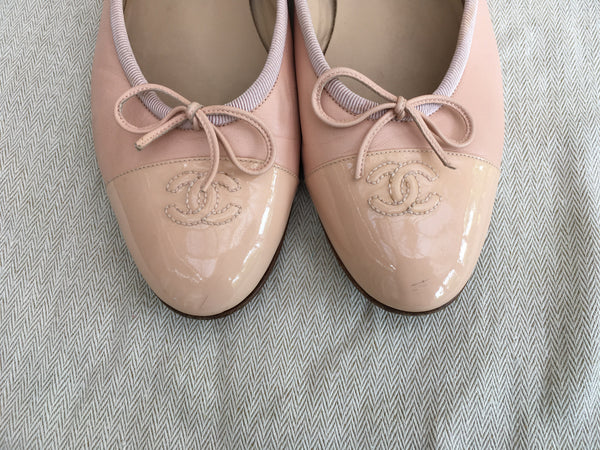 CHANEL CC CAP-TOE FLATS SHOES IN PINK SIZE 40 1/2 LADIES