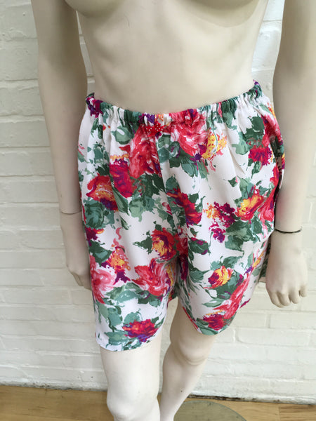 FLORAL BERMUDA SHORTS Capri Pants Trousers Size SMALL MEDIUM LARGE Ladies