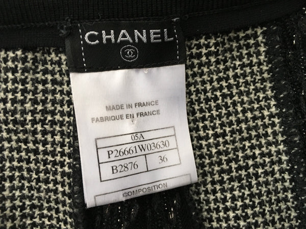 CHANEL BLACK HOUNDSTOOTH DETAIL WOOL SKIRT LADIES