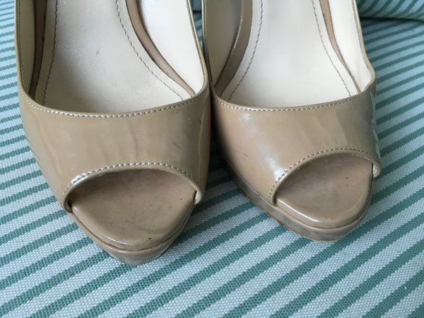 PRADA BEIGE Patent Leather Pee-Toe Pumps SHOES SIZE 6 UK 3 US 6 Ladies