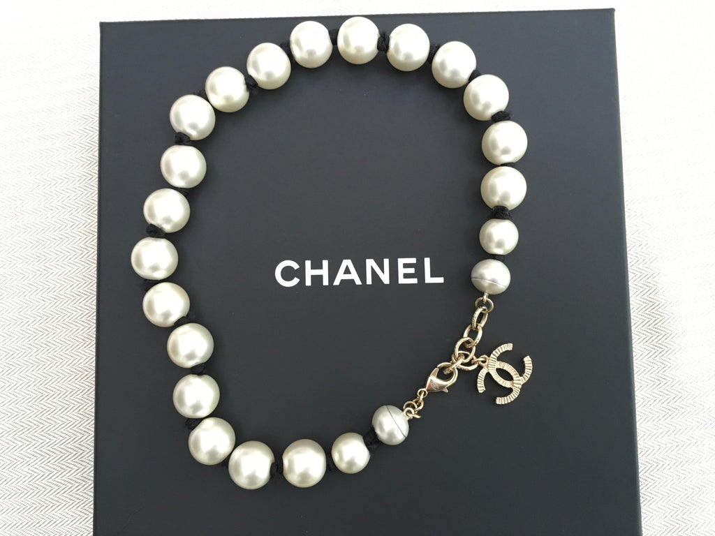 CHANEL 16A 2016 CC RUNAWAY PEARL CHOCKER CHAIN NECKLACE JEWELRY