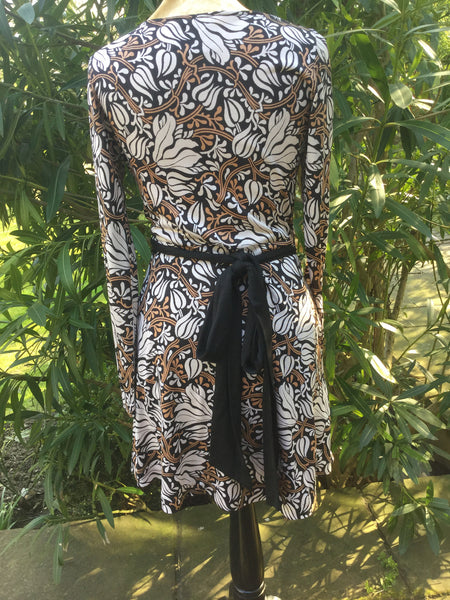DIANE VON FURSTENBERG Black Floral Vine Jersey 'Camelita' Wrap Dress Size 6 UK 10 Ladies
