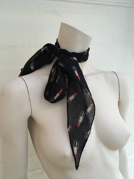 Saint Laurent Classic Lavaliere in black and red lipstick wool examine scarf Ladies