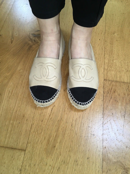 CHANEL LAMBSKIN BEIGE CC ESPADRILLES FLATS SHOES SIZE 36 UK 3 US 6 Ladies