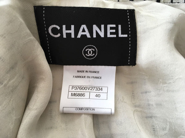 Chanel Jacket Ivory with Black Embroidery 10P F 40 UK 12 US 8 Ladies