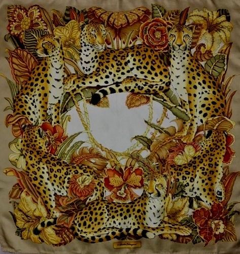 Salvatore Ferragamo Cheetah Leopards Animal Safari Print Silk SCARF 90x90 cm LADIES