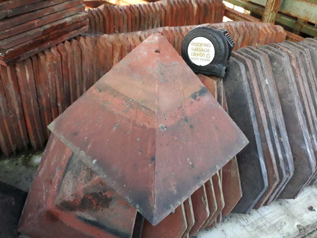 Reclaimed Rosemary Red Clay Arris Hip Roofing Tiles 40 Deg