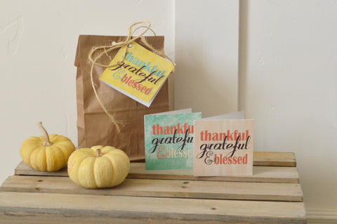 free thanksgiving gift tags, thanksgiving printable, thanksgiving greeting card, thankful grateful blessed