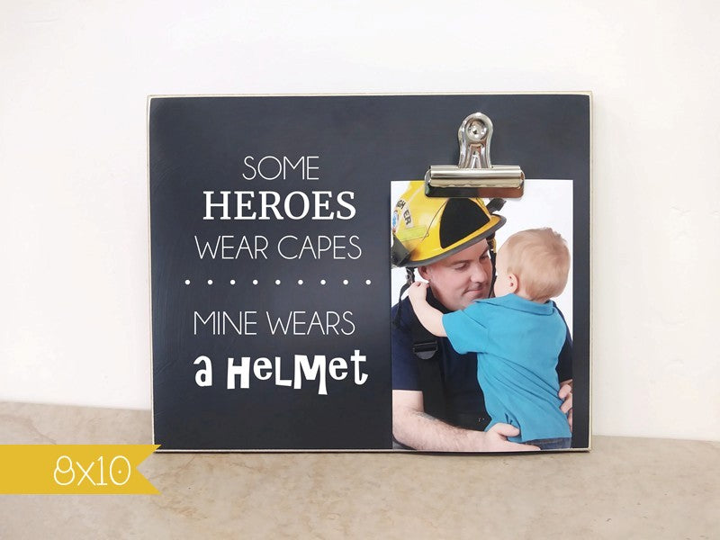 hero/mine wears a helmet frame