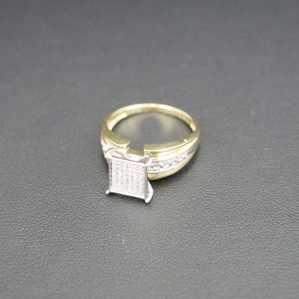 Gold & Diamond Ladies Ring #7