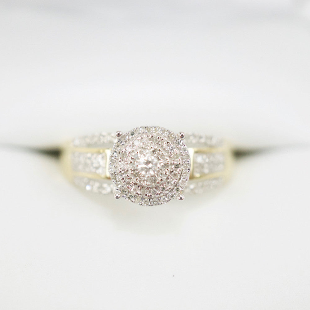 Gold & Diamond Ladies Ring #23