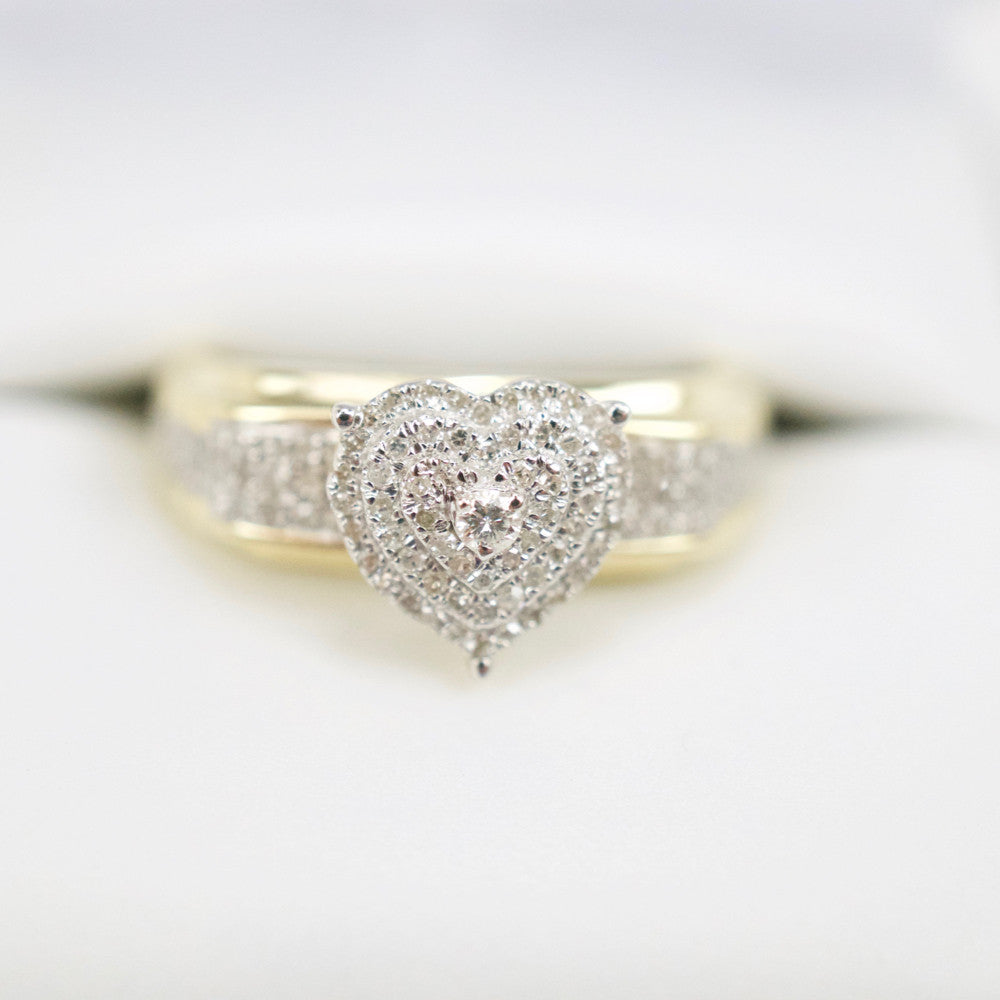 Gold & Diamond Ladies Ring #30