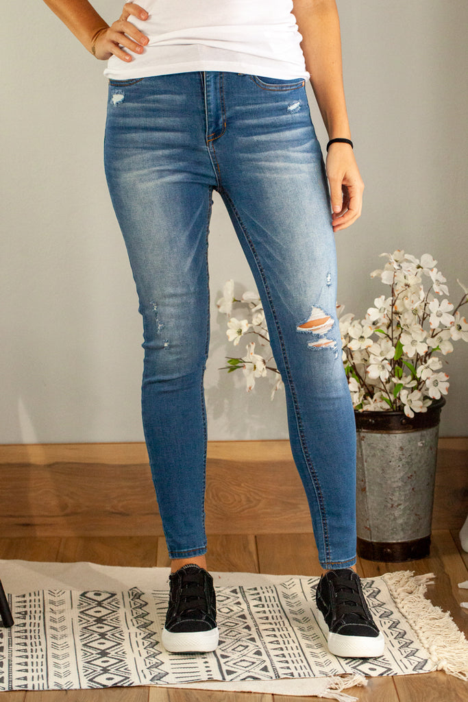 Distress High-Rise Jean