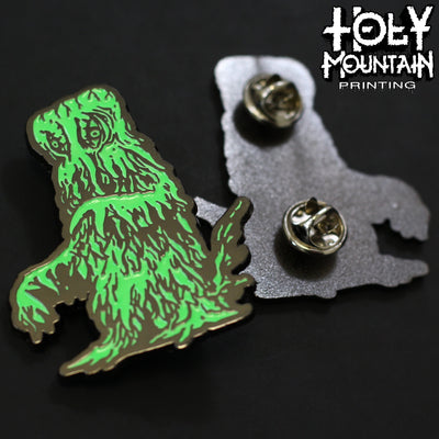 GLOW IN THE DARK GODZILLA VS THE SMOG MONSTER METAL PIN SET