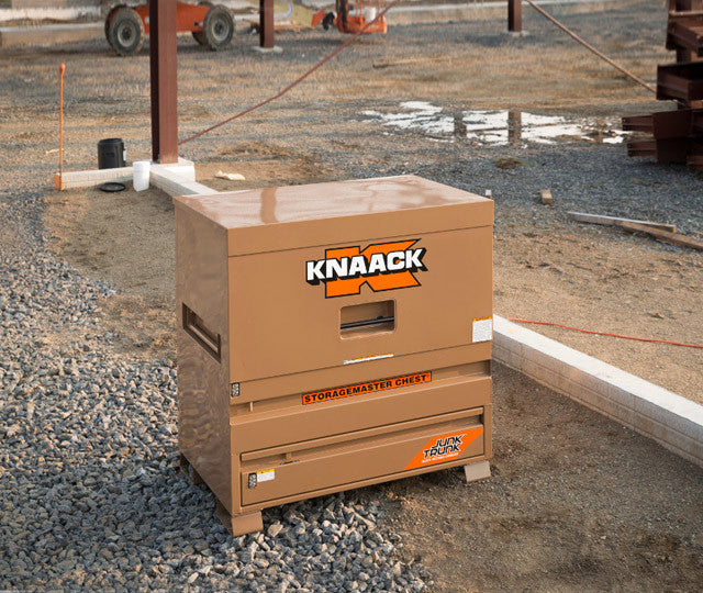 <strong>Maximum Utility:</strong><br> Jobsite Piano Boxes