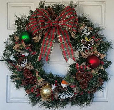 Light Up Country Pine Christmas Wreath With Birds