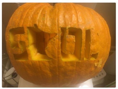 Twitter Fan Zone: @DannyBoyCarr Made A Skol Minnesota Pumpking Carving