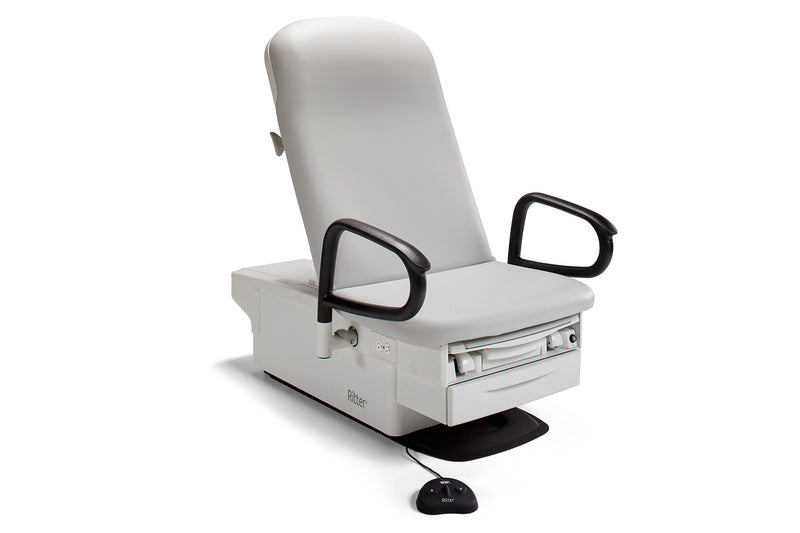 RITTER 224 BARRIER-FREE® EXAMINATION CHAIR