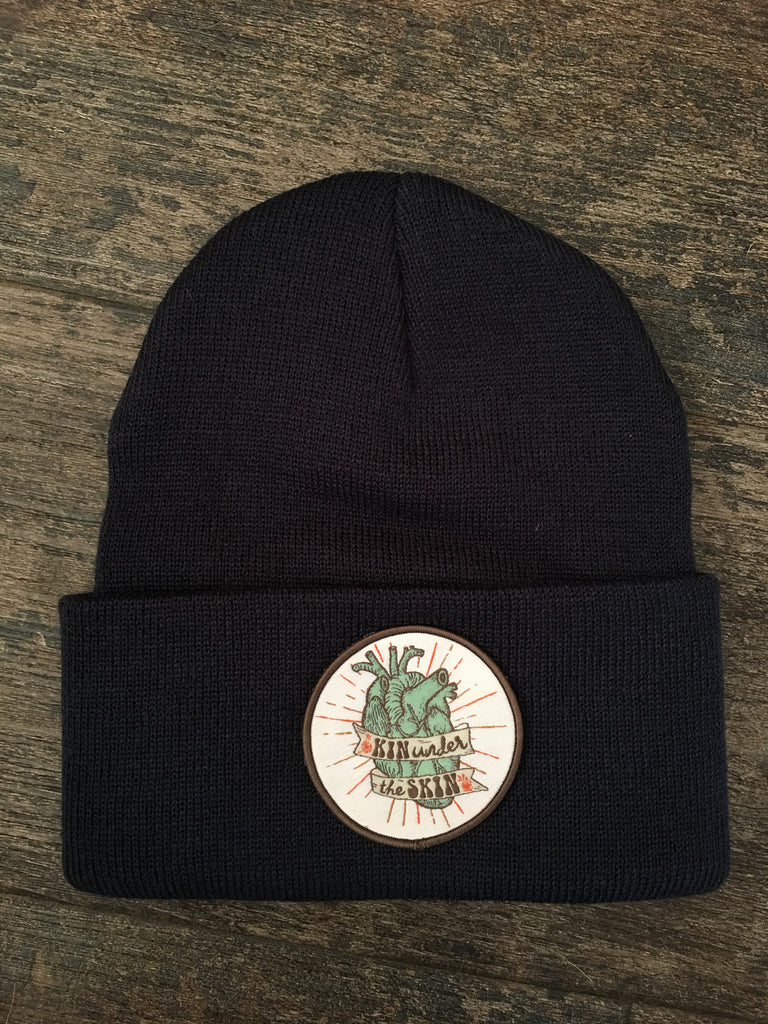 """Kin under the skin"" beanie in navy"