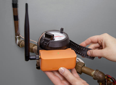 Flowie water flow sensor detects hidden leaks to lower water bills 18% on average