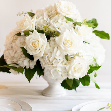 hydrangea centerpiece, Flower Moxie, DIY Wedding Flowers, How to make a centerpiece