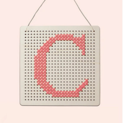 Cotton Clara: Alphabet Pegboard - Pink Cotton Clara - Bon Tot