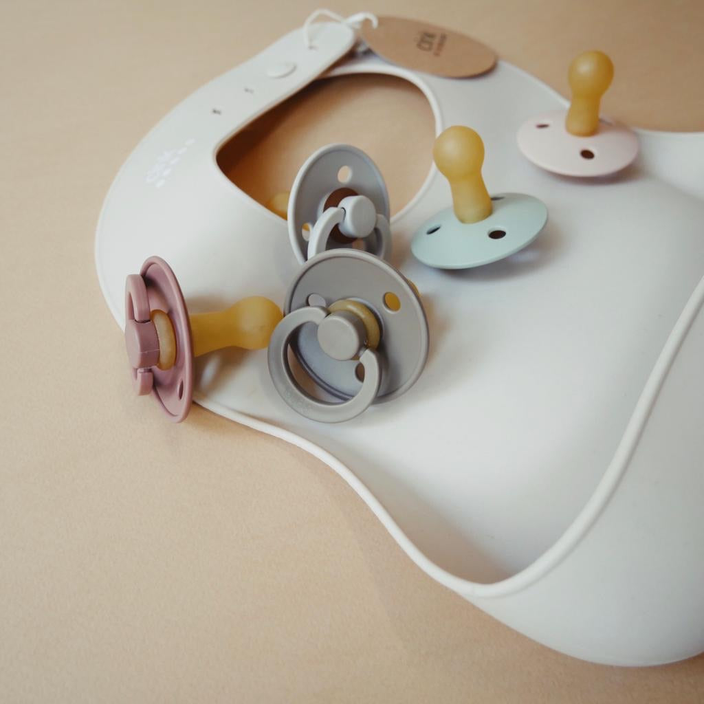 BIBS: Dark Oak Pacifier BIBS - Bon Tot