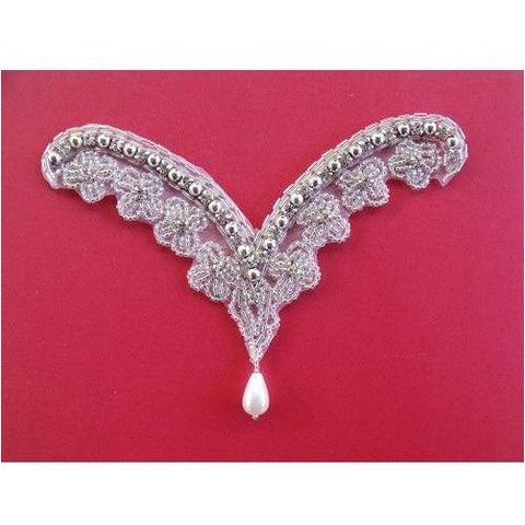 A-082: Silver bead, rhinestone and pearl drop applique
