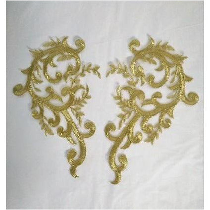 LA-058: Large gold lace scroll pair
