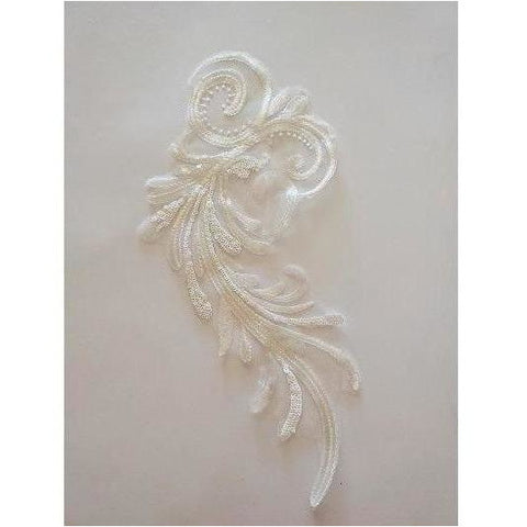 LA-069: White swirl applique