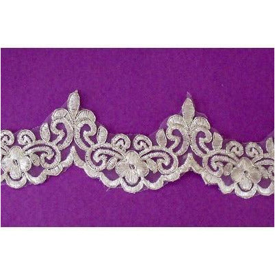 LT-006 Ivory and metallic silver edge lace trim