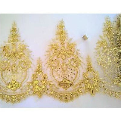 LT-034: Large gold sequined trim,
