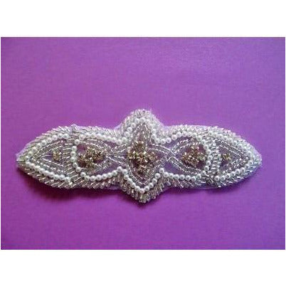 R-085 Pearl and silver bead and rhinestone applique