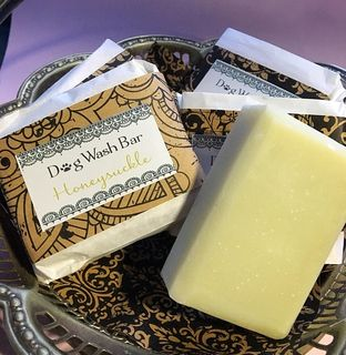 WildFlower Aromas Dog Soap - Honey Suckle