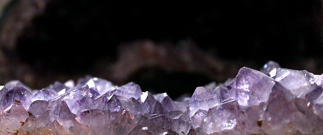 birthstone meanings and powers amethyst