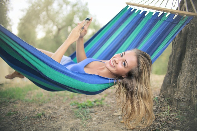 10 Jewelry and Fashion Suggestions to Make Your Summer Hot! hammock lady