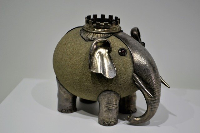 Gaudy, Gross, or Just Plain Ugly. This Is The Worst Jewelry Ever! elephant bank