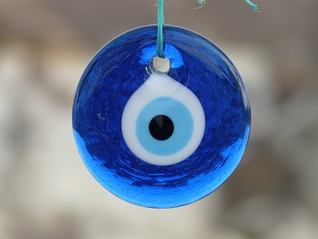 Nazar Amulets: The Evil Eye and How To Ward It Away blue solo